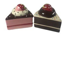 Sweet Tooth Strawberry Cake Salt-N-Pepper Shakers
